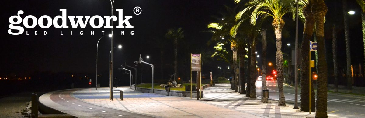 Lighting that inspires you to enjoy more your city: Cambrils Port