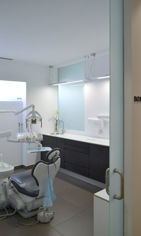 Dental Clinic Dr. PUCHOL - Good Work Internacional
